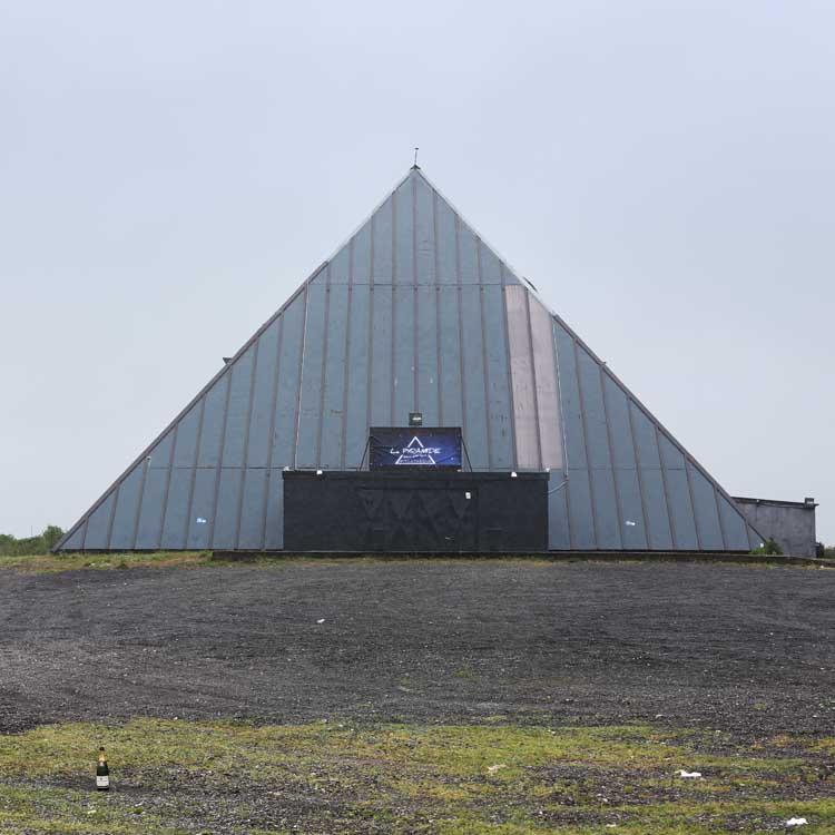 63-LaPyramide-62910Serques(PasdeCalais)-2015